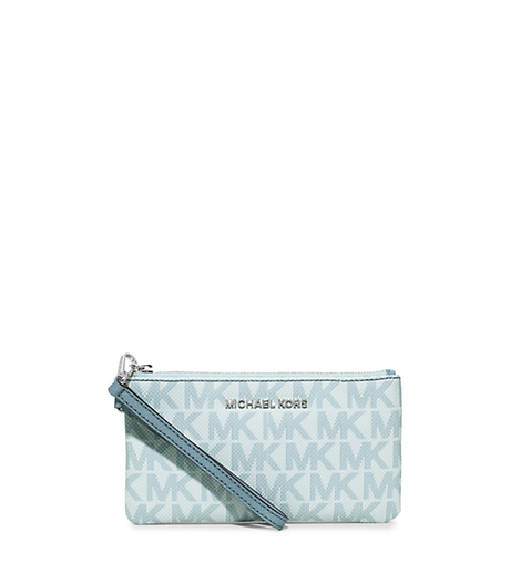 Jet Set Travel Medium Wristlet - SKY - 34H5STVW2V