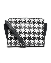 MICHAEL Michael Kors Mini Selma Striped Messenger - BLACK/WHITE - 32F4SLMC1U